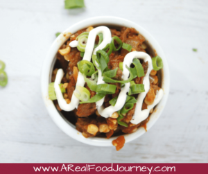 Paleo One Pot Chili Recipe! Enjoy some mexican chili for dinner with less dishes to clean!