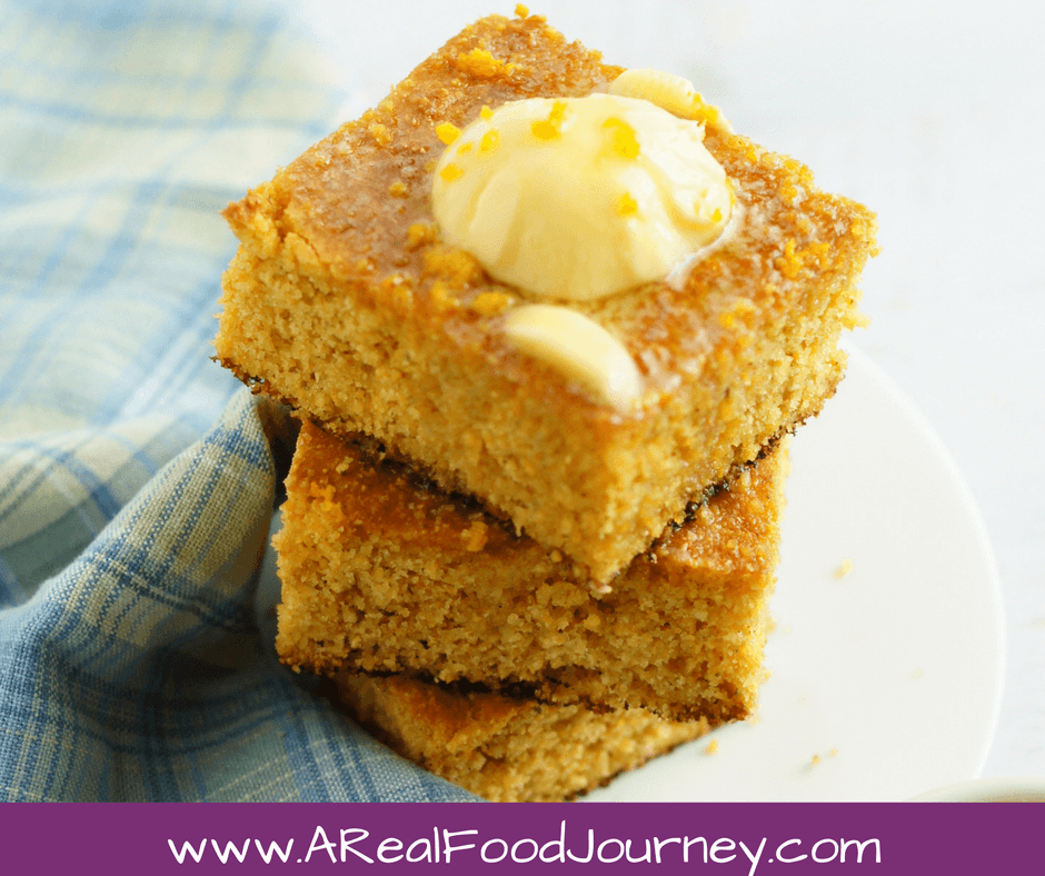 Gluten Free Cornbread recipe! Super simple, tastes just like cornbread should!