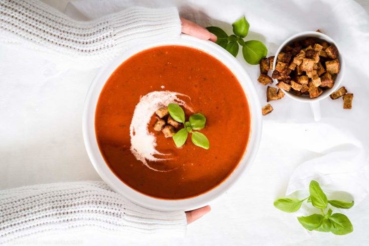 Low Carb Roasted Tomato Basil Soup